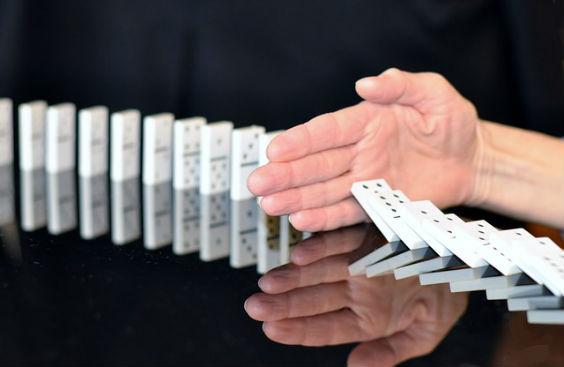 domino stop hand 4g 564