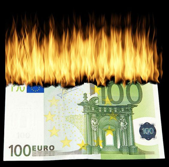 geld verbrennen 100 r3 564