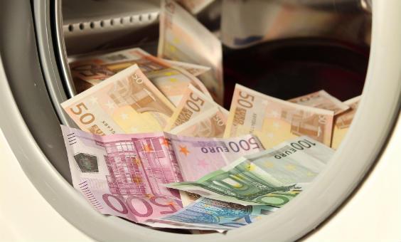 geld waschmaschine 564