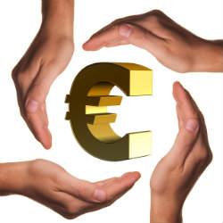 Hände um Euro
