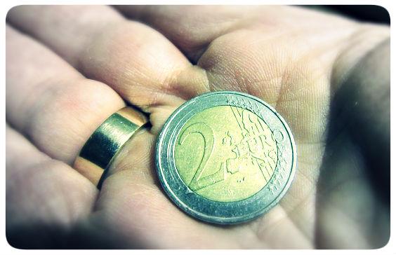 zwei euro hand 564
