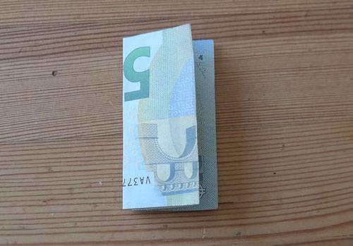 geld falten fisch 2